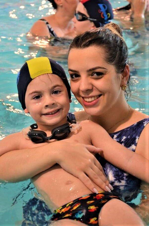 aula-de-natacao-acqua-fitness-maes